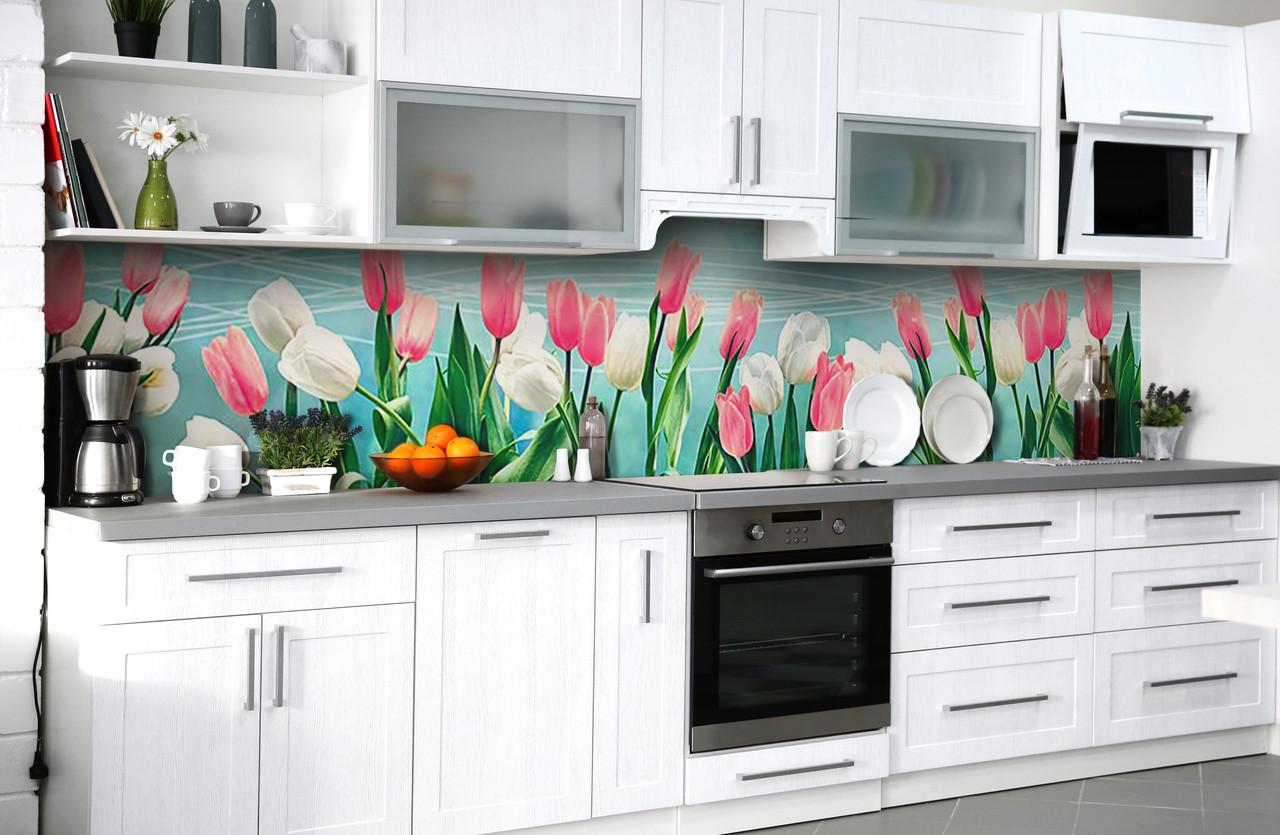 Виниловый 3Д кухонный фартук Пышные Тюльпаны (самоклеющаяся пленка ПВХ скинали) розовые белые Цветы Голубой 600*2500 мм