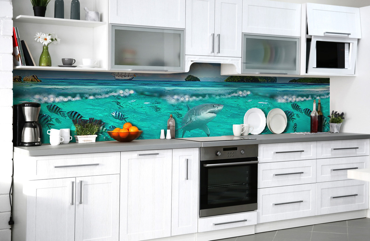 Виниловый 3Д кухонный фартук Акула у берега (самоклеющаяся пленка ПВХ скинали) рыбы подводный мир Море Голубой 600*2500 мм
