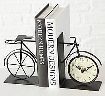 Декоративная подставка для книг с часами h15см Гранд Презент 2729800