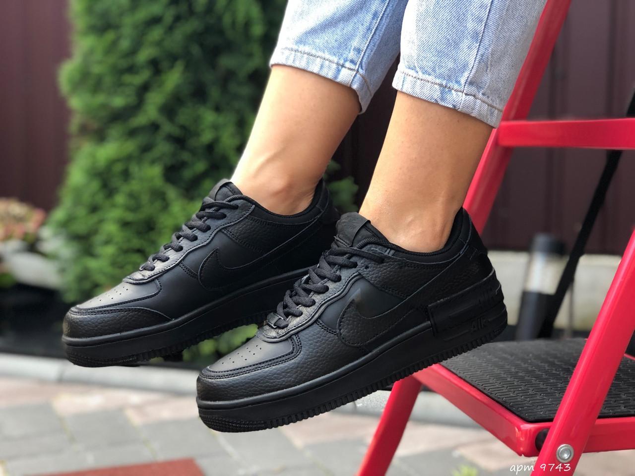 Nike Air женские черные демисезонные кроссовки на шнурках