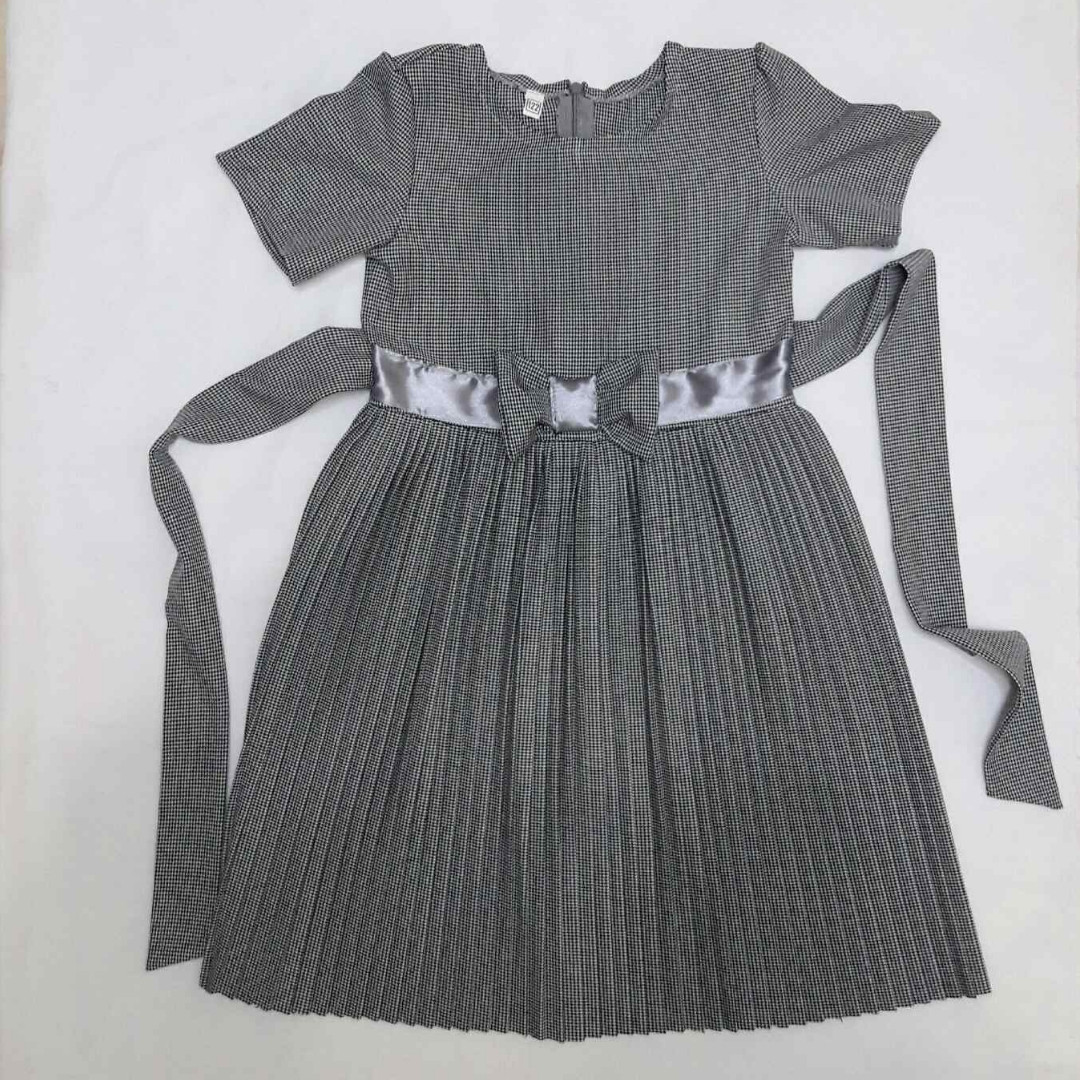 Дитяче плаття для садочка школи