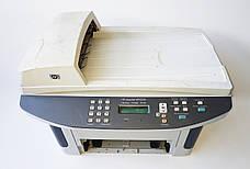 Б/У Лазерный черно-белый МФУ HP LaserJet M1522n, без лотка подачи листов и без платы подключения кабеля, фото 2