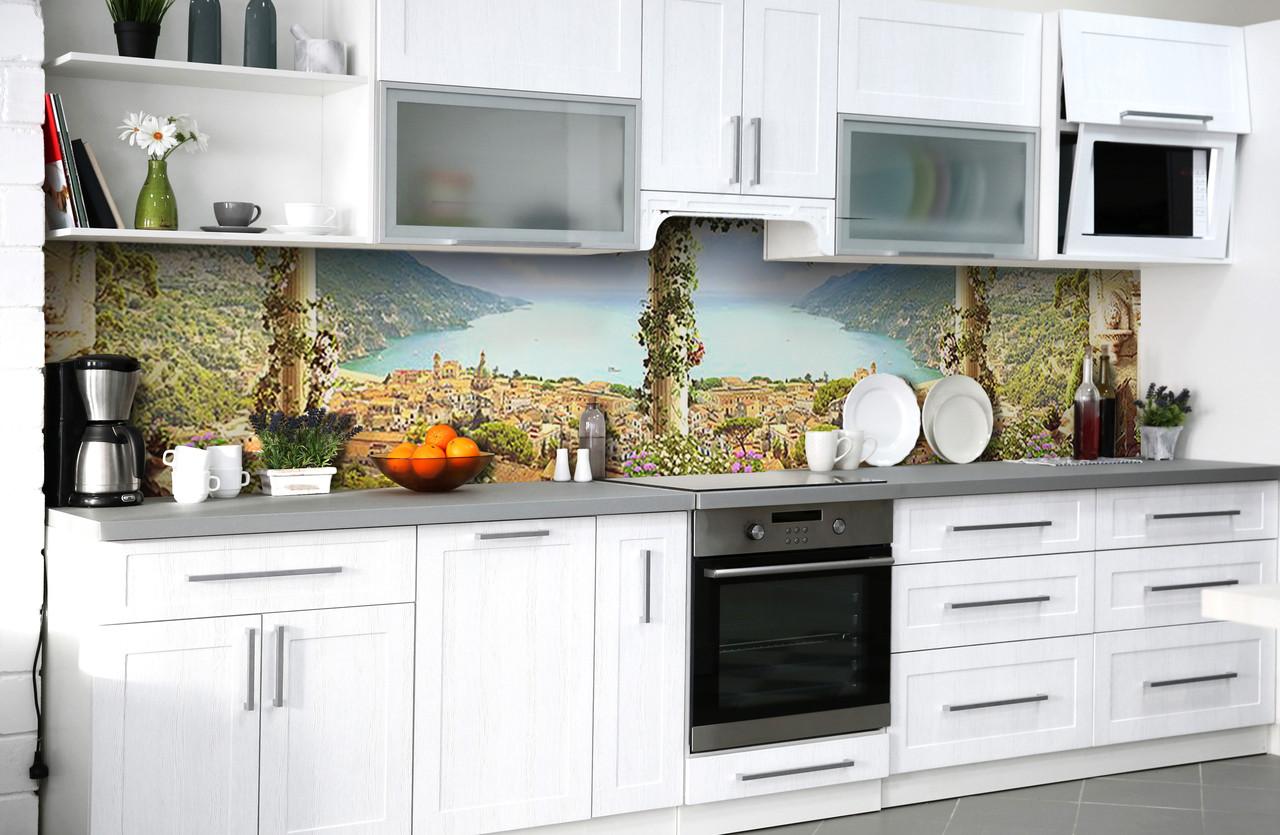 Виниловый 3Д кухонный фартук Вид на морской залив (самоклеющаяся пленка ПВХ скинали) колонны город Море Голубой 600*2500 мм