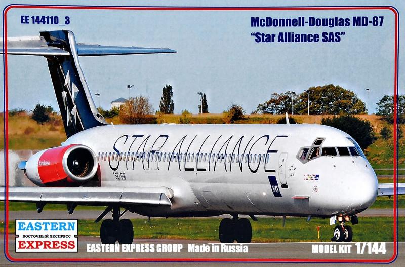 """Сборная модель """"Пассажирский самолет MD-87 """"Star Alliance SAS"""""""""""