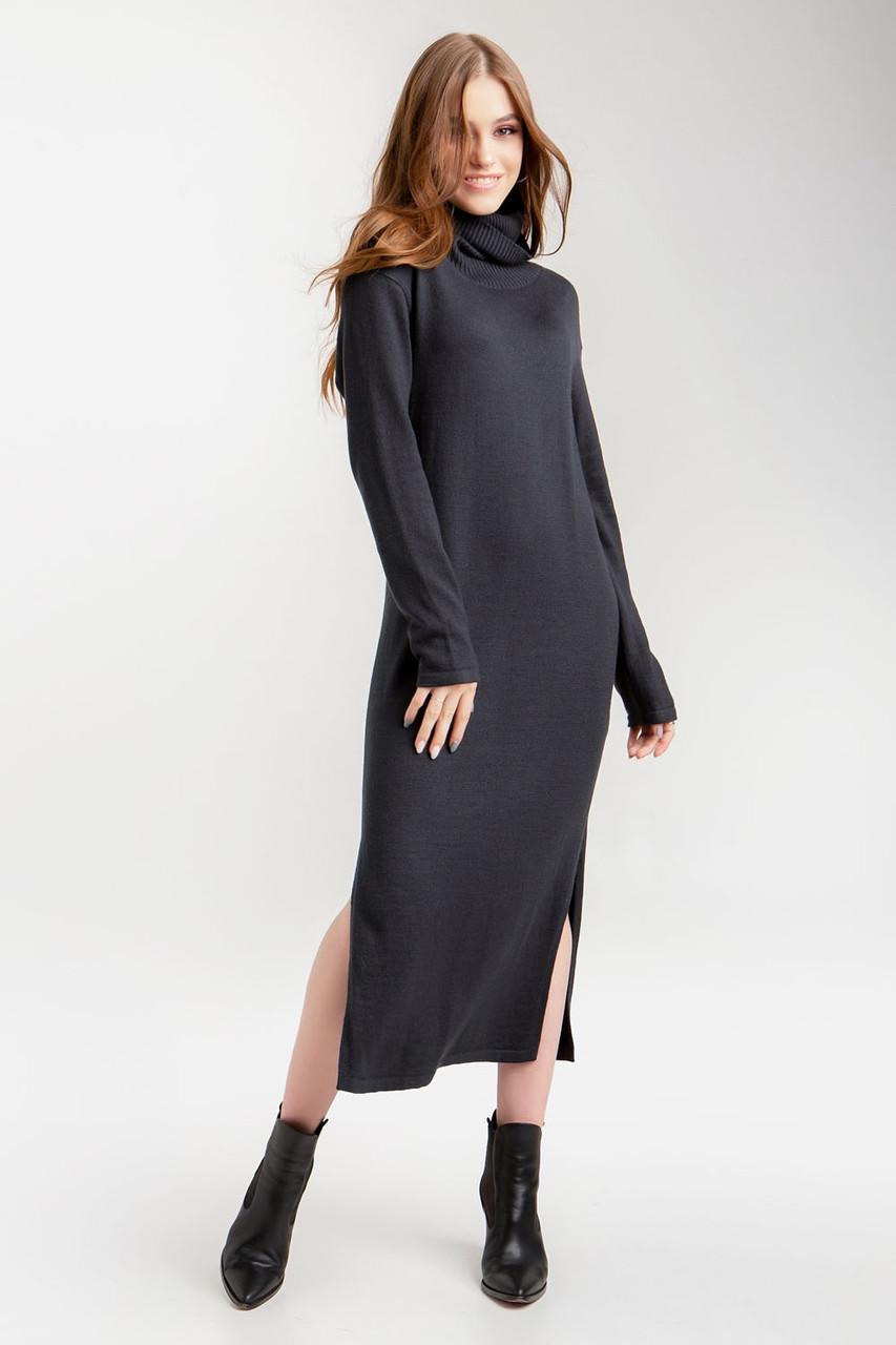 Вязаное теплое платье