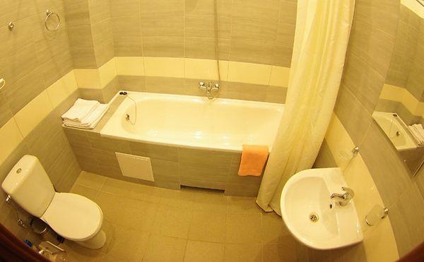 Фото ванной комнаты в отеле Дарницкий