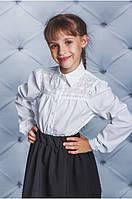 """Блузка для девочки с ажурной вставкой белая """"Люси"""""""