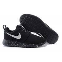Nike Roshe Run Black Dots-1090