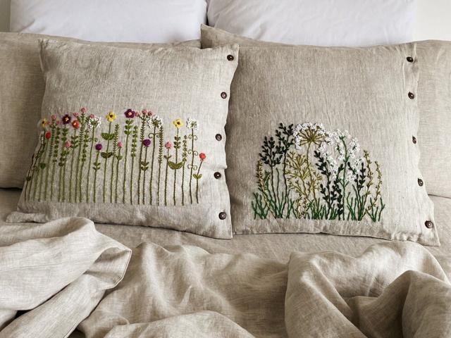 Декоративні подушки, серветки