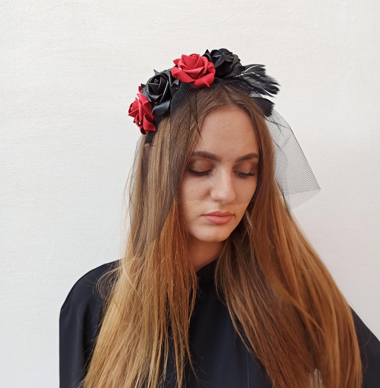 Обруч з чорними та червоними трояндами до Хеловіну