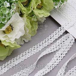 Бавовняне мереживо білого кольору шириною 1,5 см, YH08