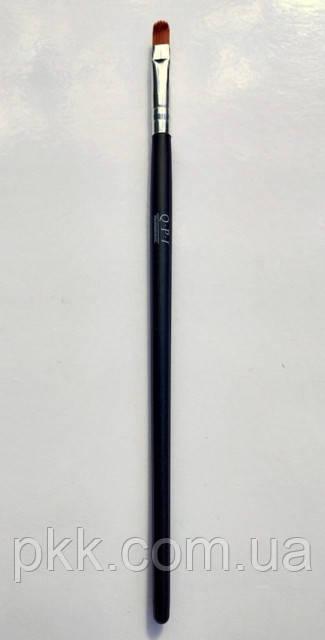 Кисть для нанесения теней Q.P.I. PROFESSIONAL искусственная 18 см СВ 0672