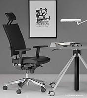 Кресло для персонала @-MOTION R c «Синхромеханизмом»