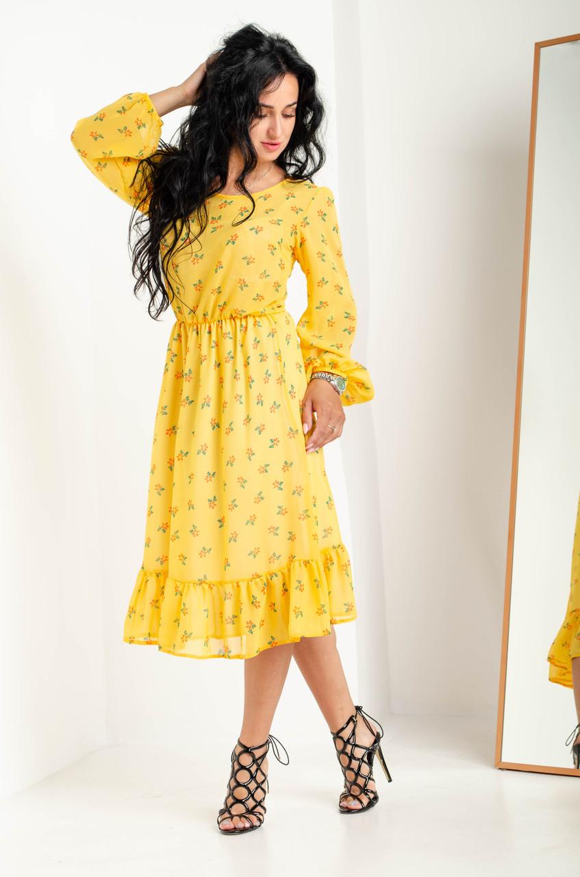 Яркое желтое платья полуприлегающего силуэта из шифона