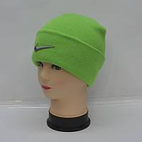 Модна жіноча  спортивна   шапка
