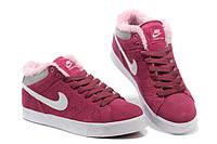 Кроссовки Nike зимние с мехом женские