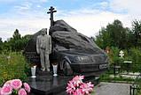 Эксклюзивный памятник в форме автомобиля, фото 5
