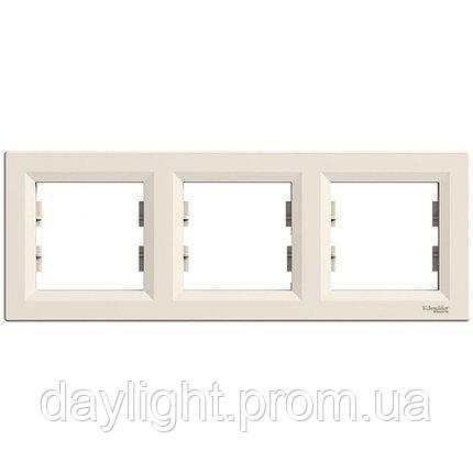 Рамка для розетки 3-я белый Schneider Electric Asfora