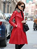 Шкіряне червоне пальто жіноче плащ, комір норка, фото 1