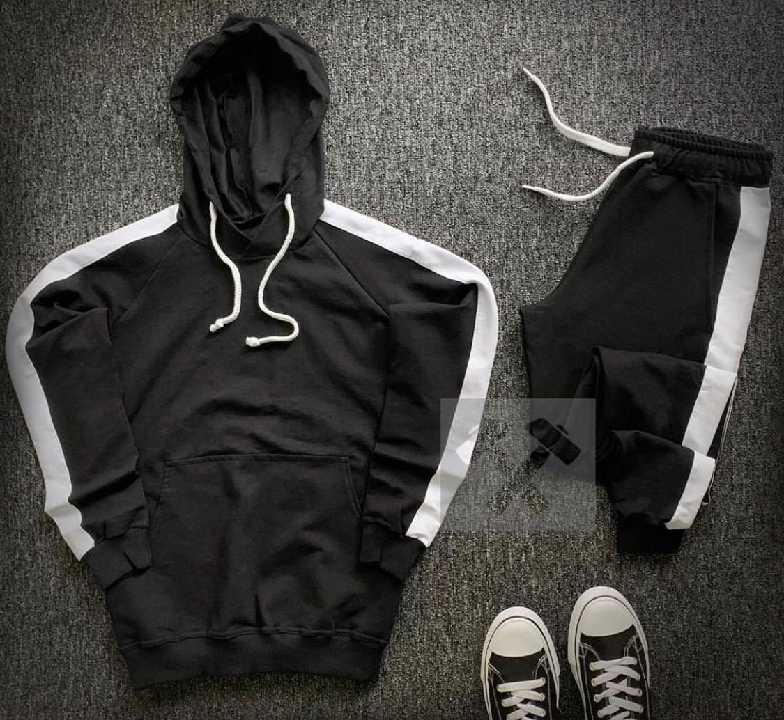Спортивный костюм.