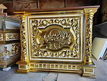 Престол с прорезными колоннами и позолотой 130х130см