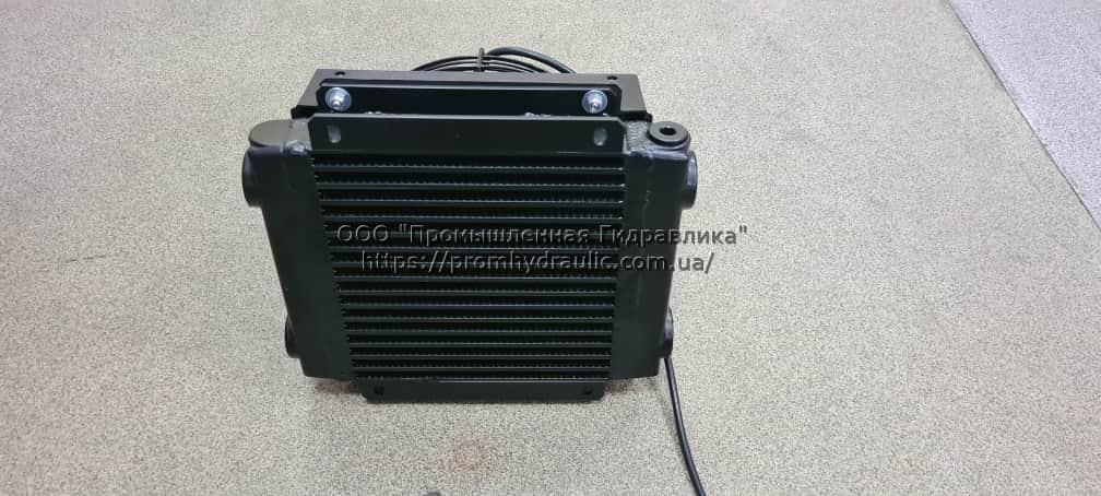 Повітряний теплообмінник маслоохолоджувач 12/24 Вольт 30-140 л/хв.
