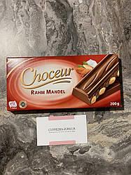 Молочный шоколад Choceur с миндалем 200 гр