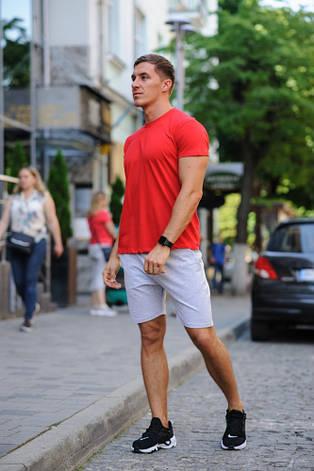 Летний мужской комлект - красная футболка и серые шорты, фото 2