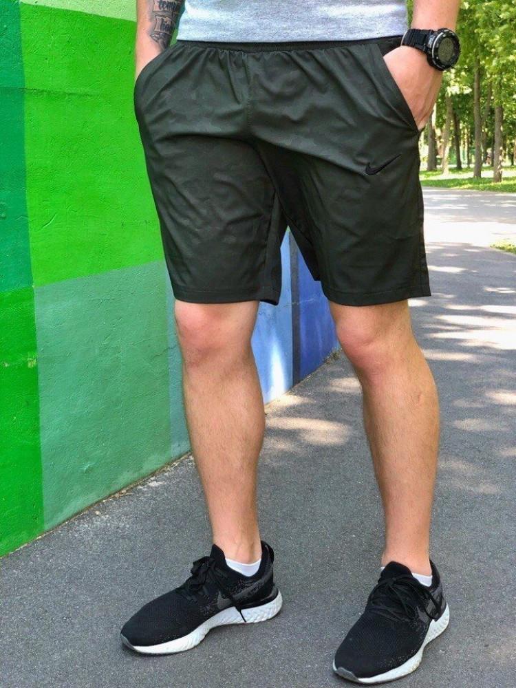 Купальные шорты темно-зеленый