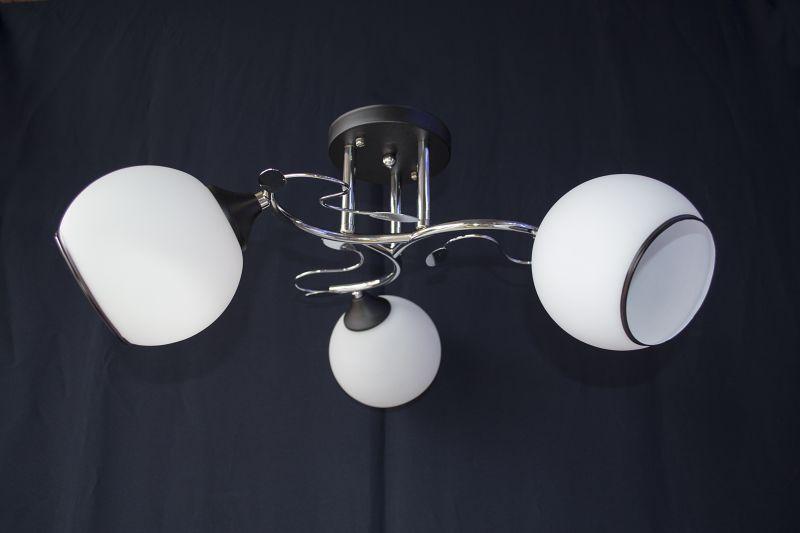 Люстра на 3 лампочки 2557-3