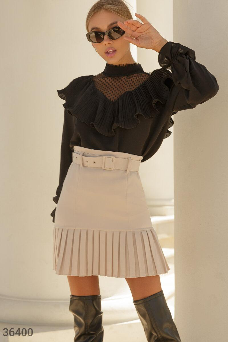 Шифонова блуза з воланом