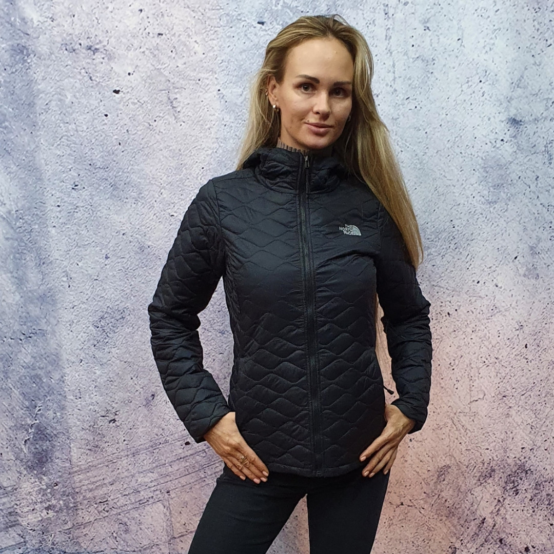 The North Face ThermoBall Insulated Hoodie - women's. Жіноча спортивна куртка.