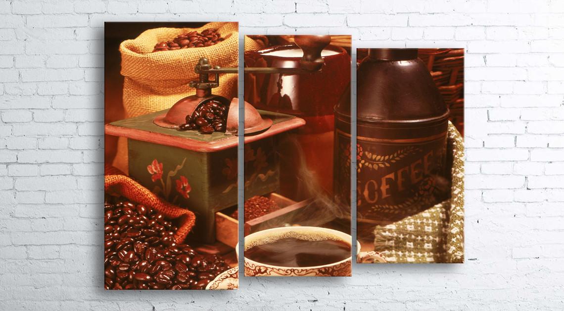 Модульная картина на холсте 3 в 1 Кофе и зерна 100х130 см (секции разного размера)