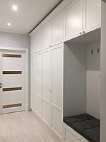 Білий шафу з карнизом і сидушкою, фото 1