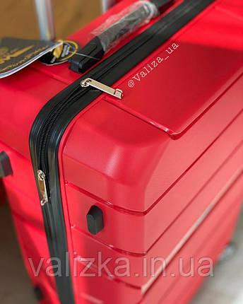 Чемодан пластиковый из полипропилена средний красный   премиум Польша, фото 2