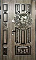 Двери входные металлические полуторные со стеклом и ковкой модель Круг