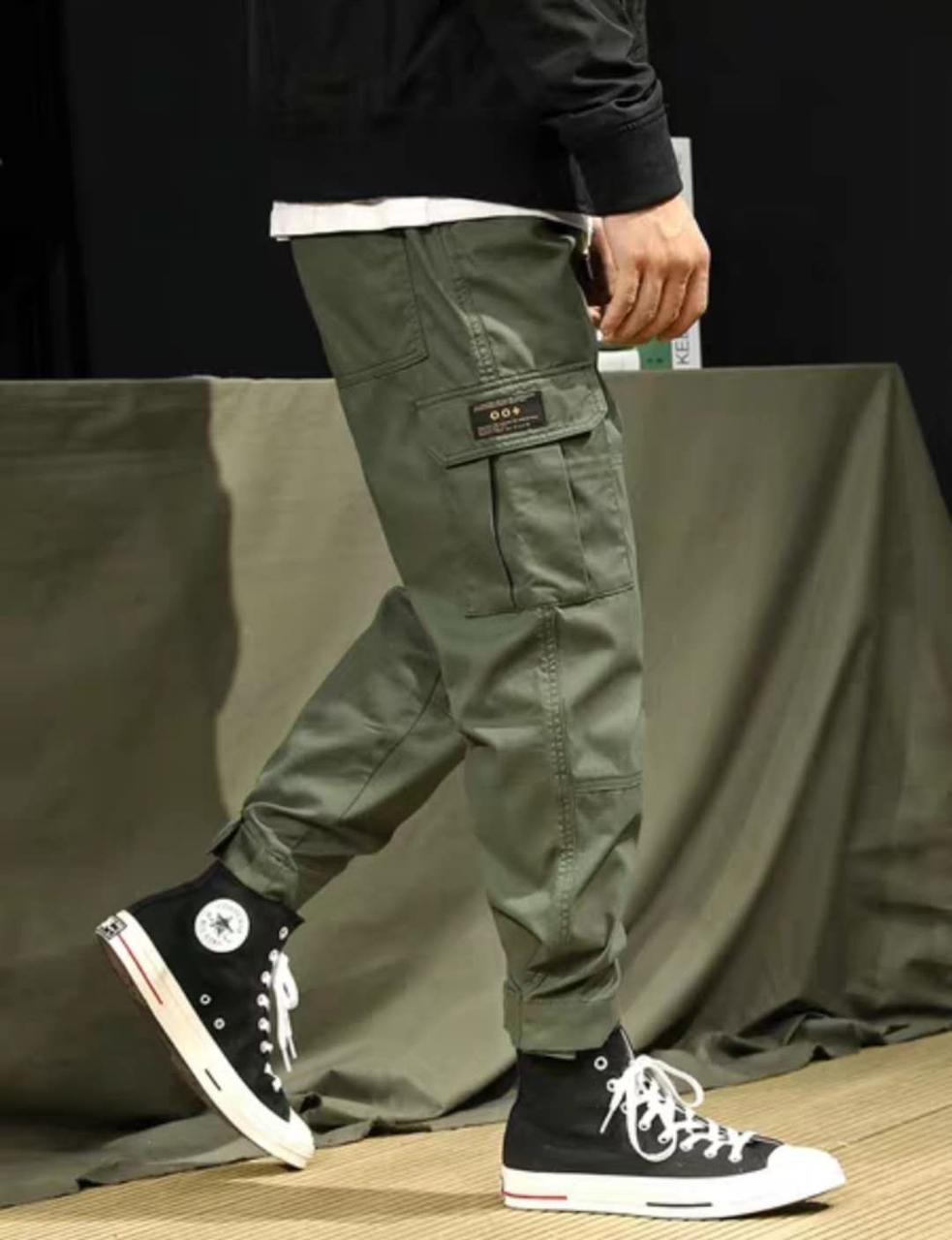 Джоггеры, джинси з поясом на резинці унісекс, накладні кишені карго, є великі розміри NN