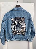 Короткая женская джинсовая куртка с рисунком тигра на спине (р. универсальный 42-44) 83mku441, фото 1
