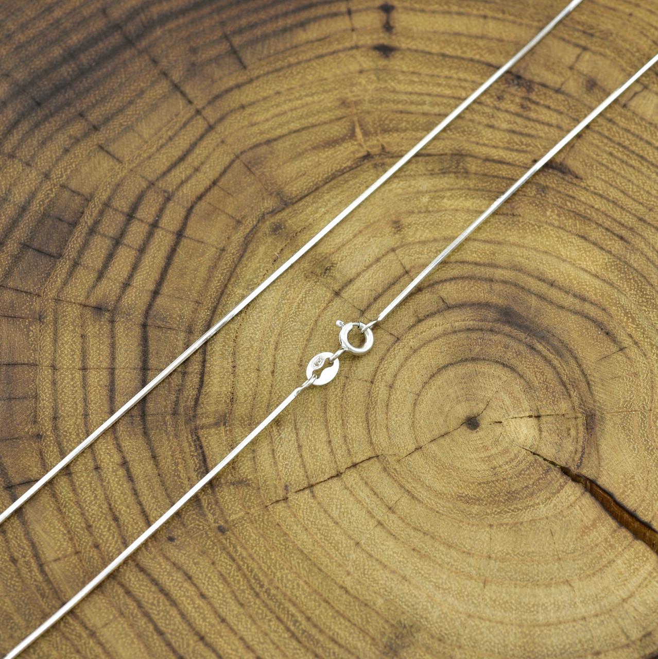 Серебряная цепочка длина 45 см ширина 1 мм вес 3.25 г