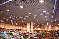 Монтаж светильников  в потолок грильято