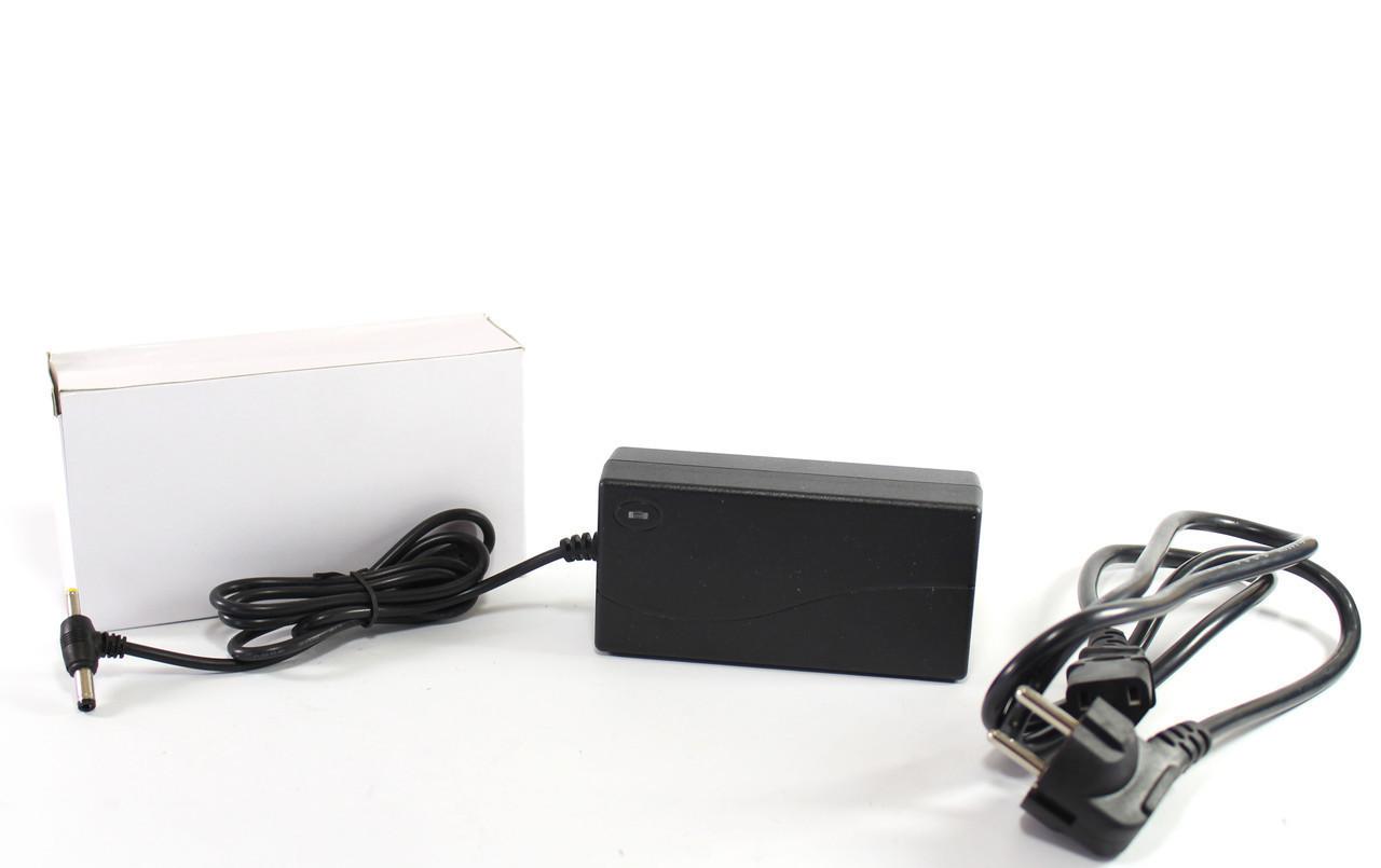 Адаптер 12V 4A T Пластик + кабель  Только ящиком!   разъём 5.5*2.5mm   100