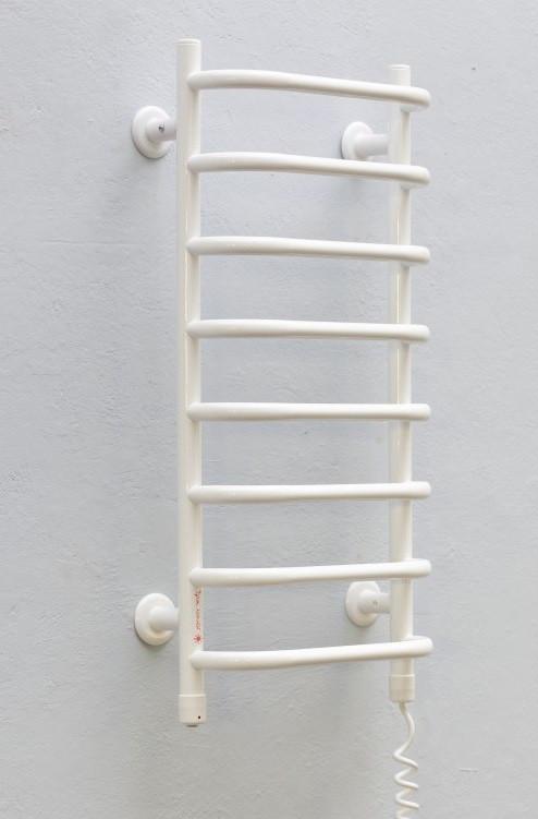 Полотенцесушитель Теплый Мир Слим R белый (710*365*145) 90Вт