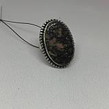 Красивое кольцо 17,4 размер с натуральным камнем родонит в серебре. Кольцо с родонитом. Индия, фото 3