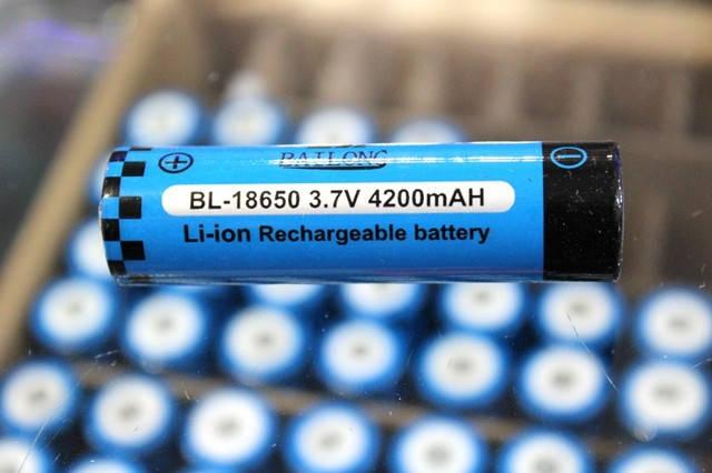 Аккумулятор(АКБ) BL-18650  Bailong 3,7 вольт 4200 мА/ч.Для фонарей., фото 2