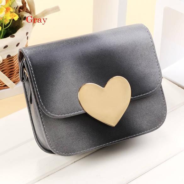 Женская мини сумочка с сердечком