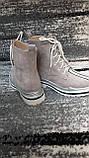 Стильні зимові жіночі черевики сіро-бежевого кольору, замшеві., фото 9