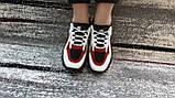 Стильные женские кроссовки в бело-красно- черном цвете из экокожи, со вставками экозамши., фото 3