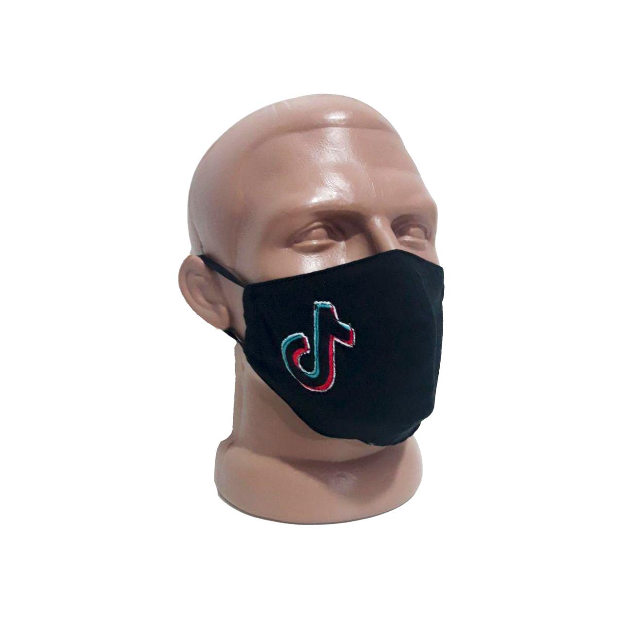 Защитная маска с модной нашивкой .TikTok