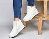 Белые зимние ботинки лаковые на низком ходу Ankle slip, фото 4