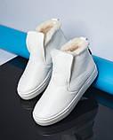 Белые зимние ботинки лаковые на низком ходу Ankle slip, фото 2